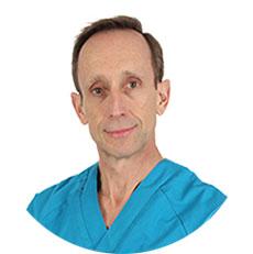 especialista implantes dentales madrid