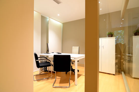 sala-reuniones-clinica-dental-velazquez-dentistas-madrid