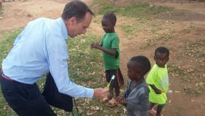 dentista de madrid en uganda